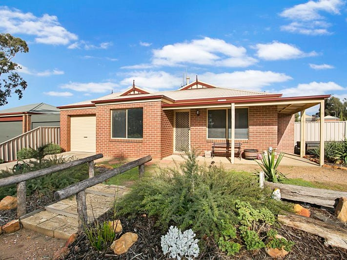 18 Edwards Road, Jackass Flat, Vic 3556