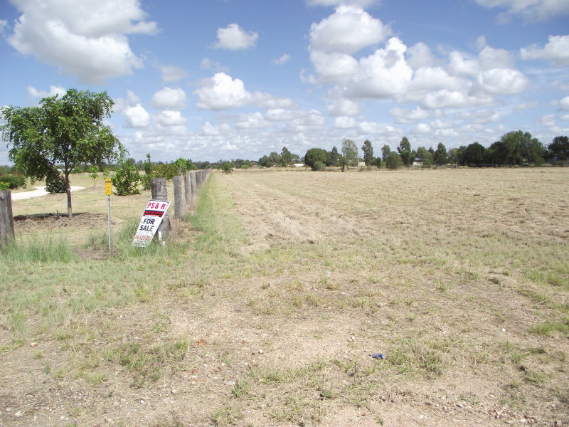 Lot 15 Hando St, Chinchilla, Qld 4413