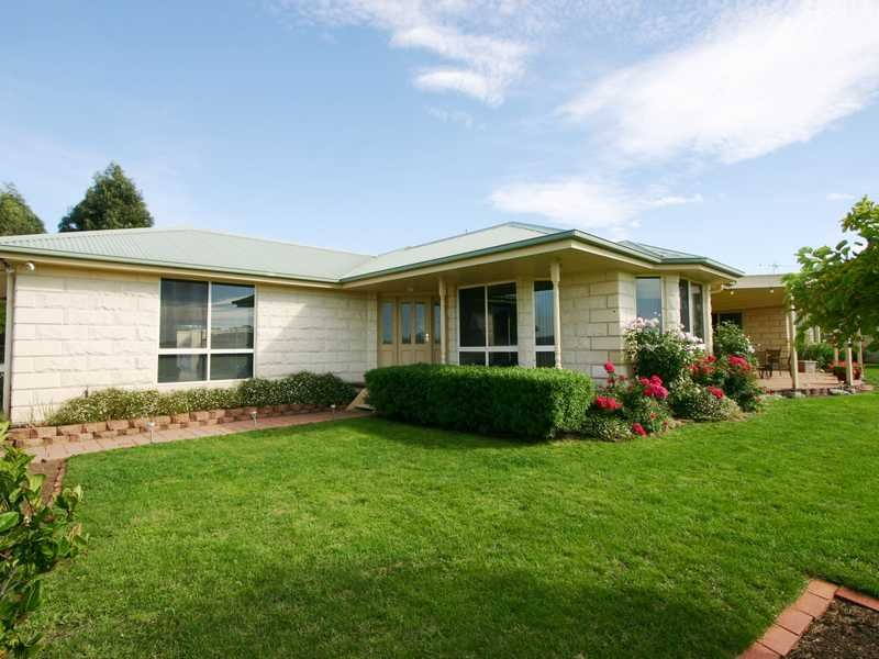 Address available on request, Learmonth, Vic 3352