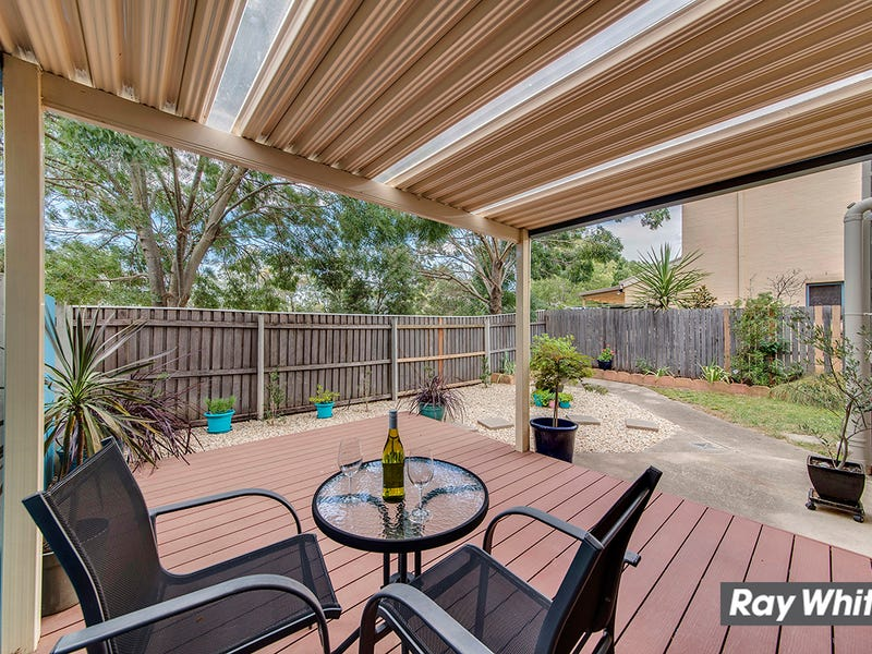 8/4 Dines Place, Bruce, ACT 2617