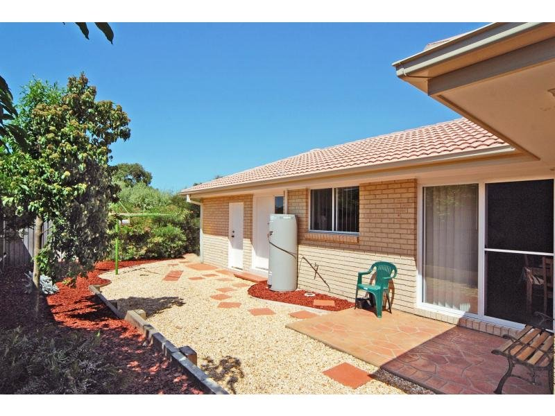 4/5 Harbour Boulevard, Bomaderry, NSW 2541