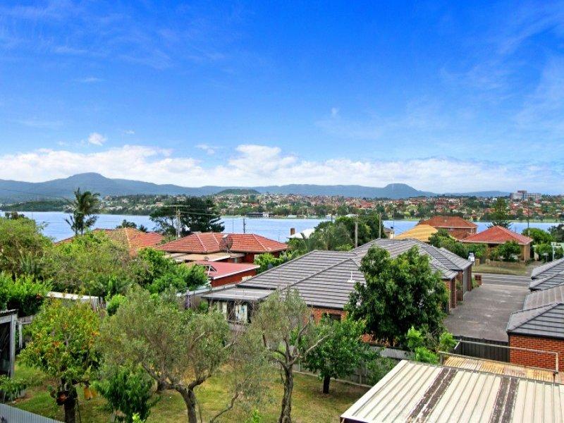 28 Korrongulla Crescent, Primbee, NSW 2502