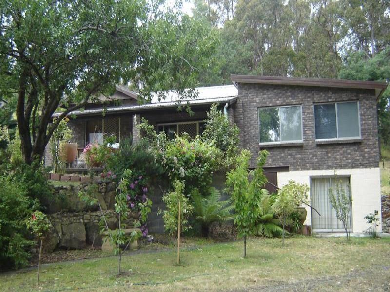 72 Clear View Street, Crabtree, Tas 7109