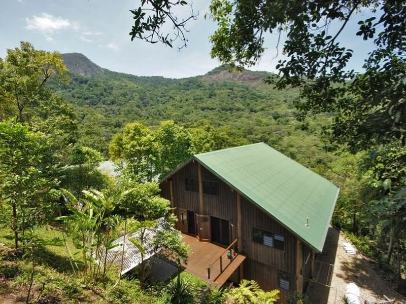 9 Licuala Close, Kamerunga, Qld 4870