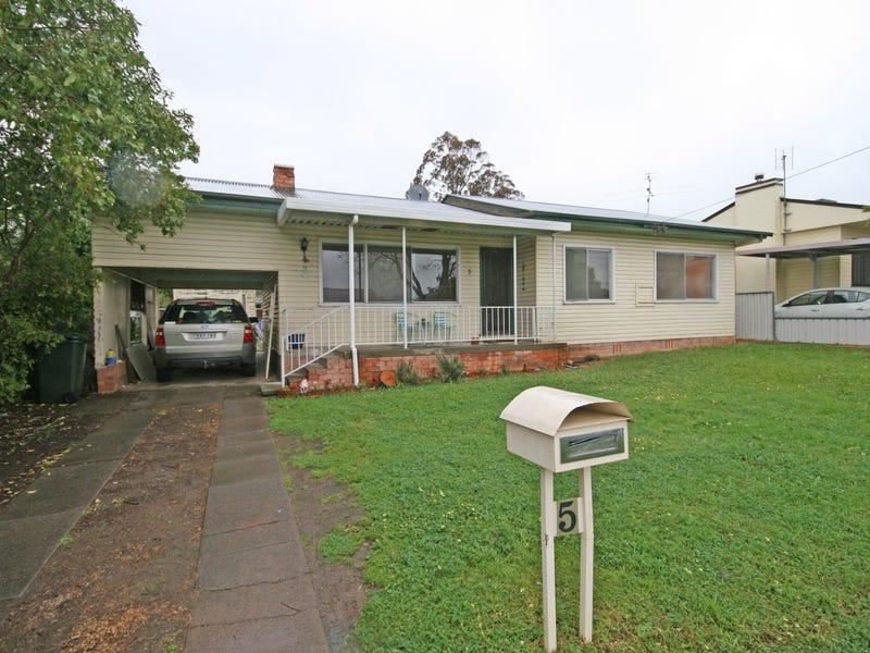 5 Crocket Street, Tamworth, NSW 2340