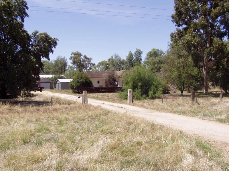 548 Prairie West Road, Calivil, Vic 3573