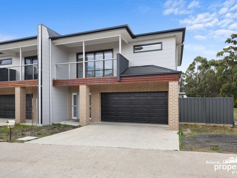 16 Lucia Crescent, Mount Clear, Vic 3350