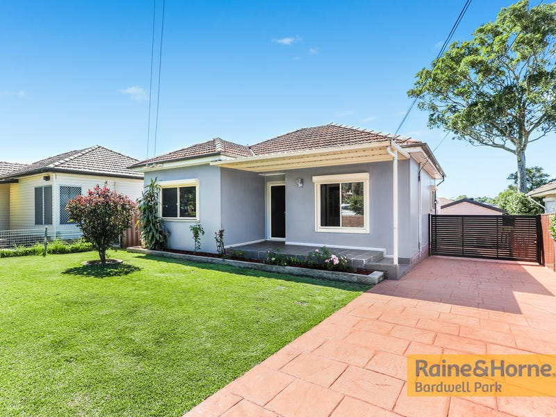 227 Moorefields Road, Roselands, NSW 2196