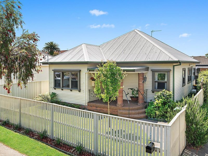 122 Lockyer Street, Adamstown, NSW 2289