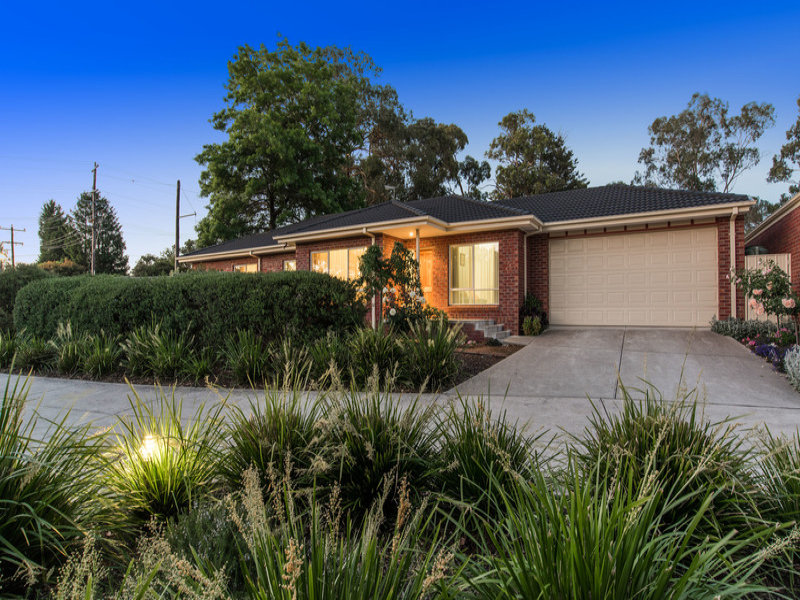1/82 Hereford Road, Mount Evelyn, Vic 3796