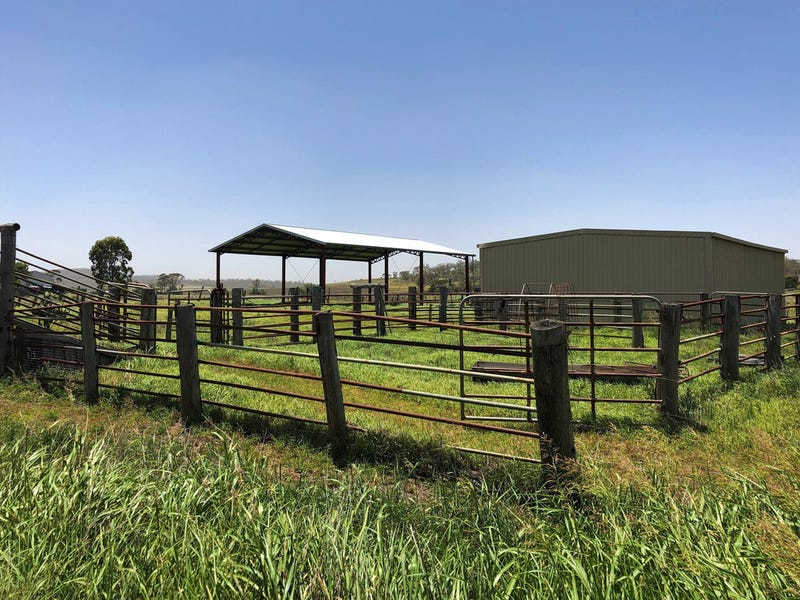 31 Bells Road, East Greenmount, Qld 4359