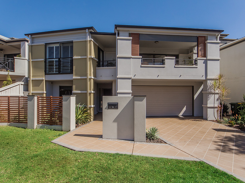 51 Greenway Circuit, Mount Ommaney, Qld 4074