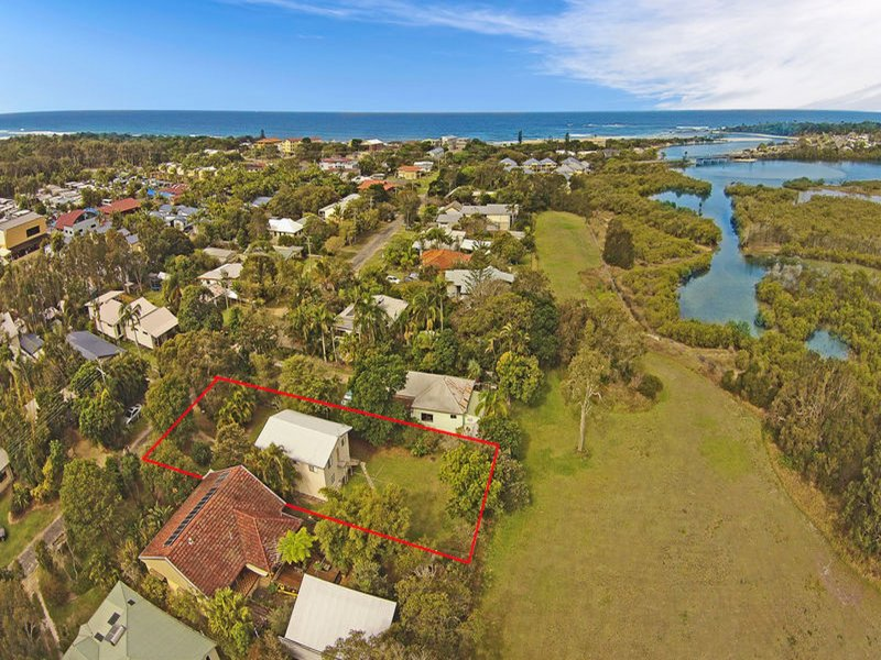 26 Creek Street, Hastings Point, NSW 2489