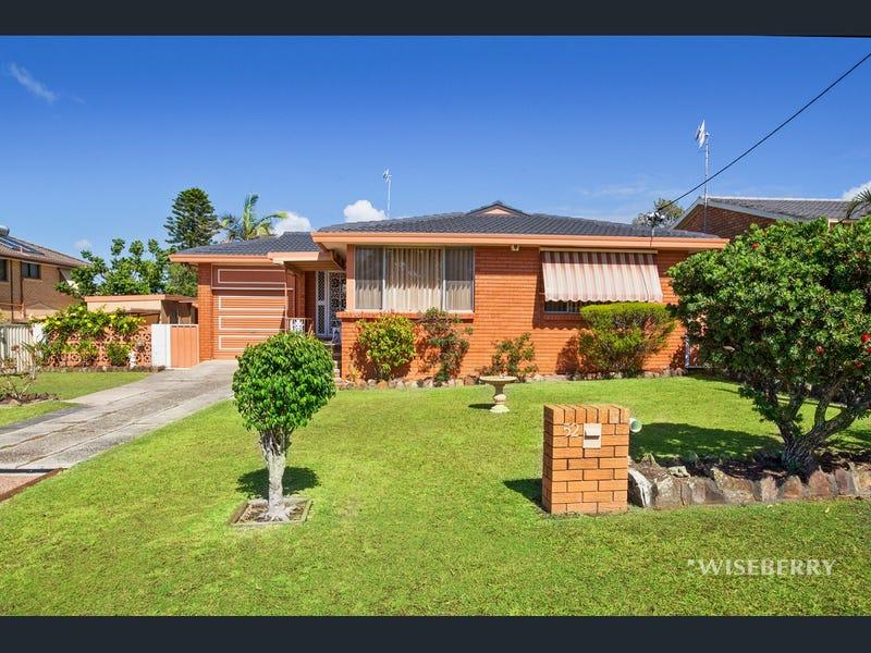 52 Balmoral Drive, Gorokan, NSW 2263