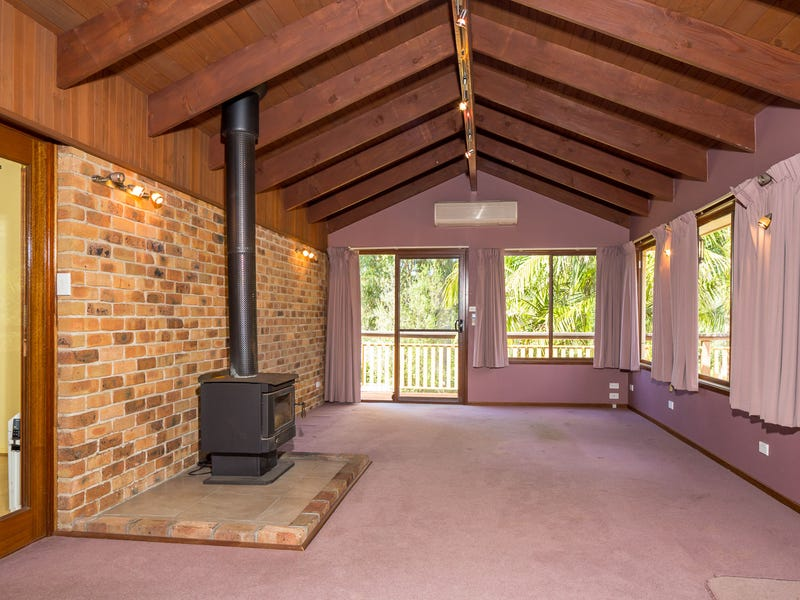 11 Thomas Mitchell Crescent, Sunshine Bay, NSW 2536