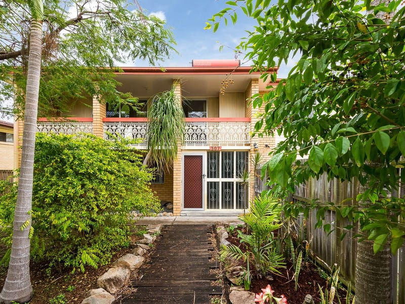 307 Cliveden Avenue, Oxley, Qld 4075