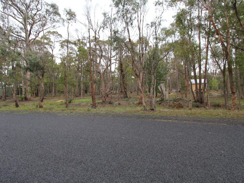 Lot 15 Laurence Drive, Snake Valley, Vic 3351