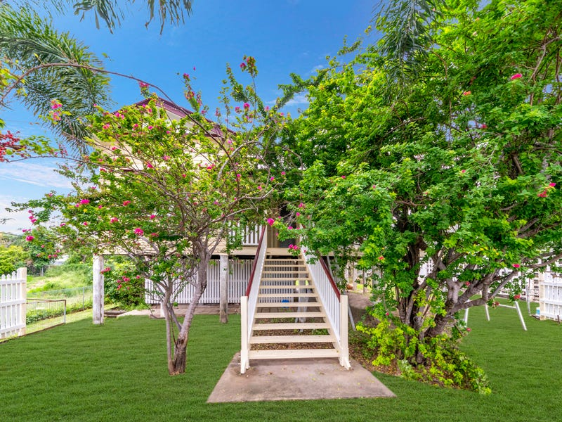 21 Bayswater Road, Hyde Park, Qld 4812