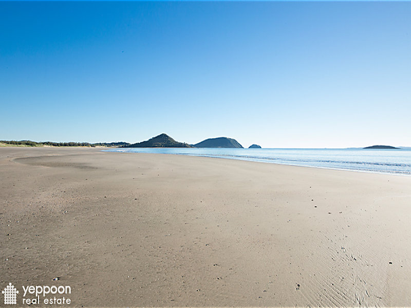 812 Scenic Highway, Kinka Beach, Qld 4703