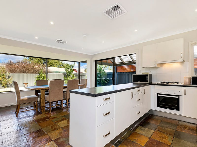 12 Kingfisher Drive, Semaphore Park, SA 5019