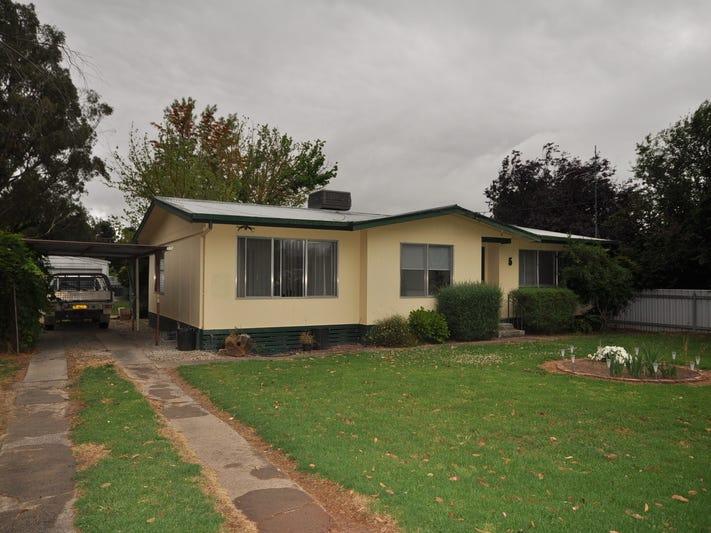 5 Byng Street, Holbrook, NSW 2644