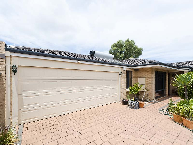 9a Heard Way, Glendalough, WA 6016