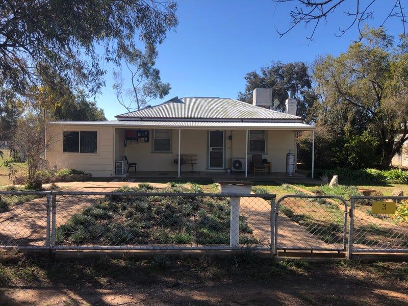 3 Mandamah Street, Ariah Park, NSW 2665