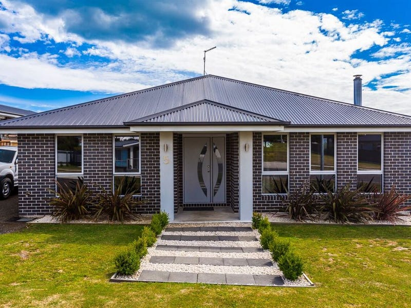 5 Therese Street, Bridport, Tas 7262
