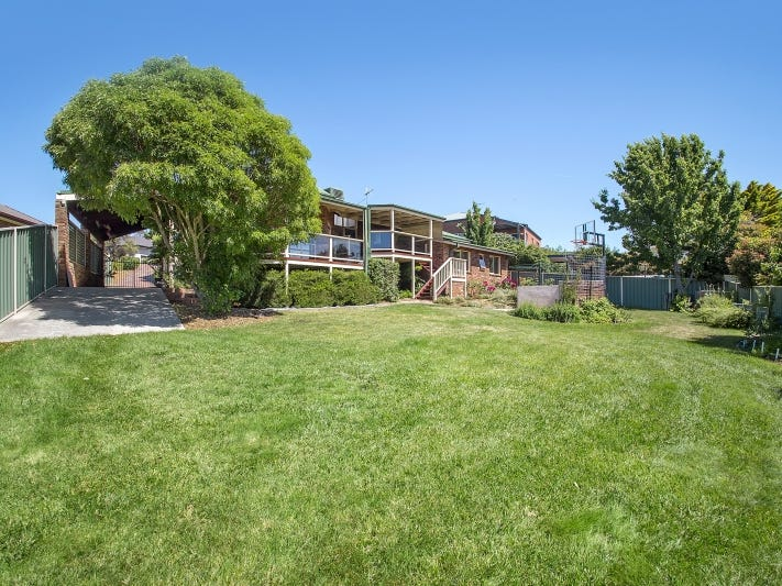 10 Johanna Moore Avenue, Jerrabomberra, NSW 2619