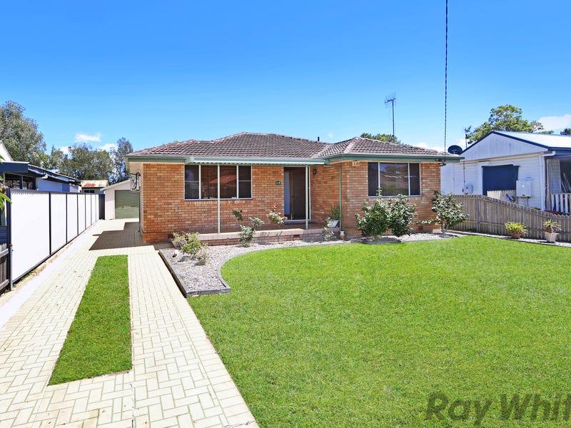 17 Kewalo Avenue, Budgewoi, NSW 2262