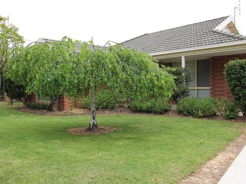 112 Albury Street, Tumbarumba, NSW 2653