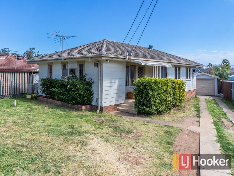 114 Carlisle Avenue, Blackett