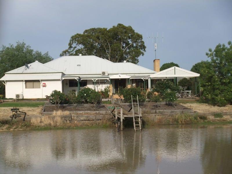 21 Glenview Drive, Barham, NSW 2732