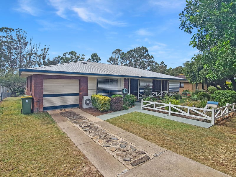 22 Andrews Road, Crows Nest, Qld 4355