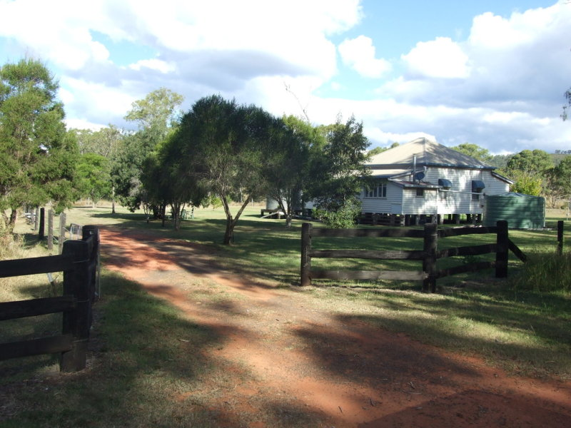 19 Schick Road, Thornville, Qld 4352