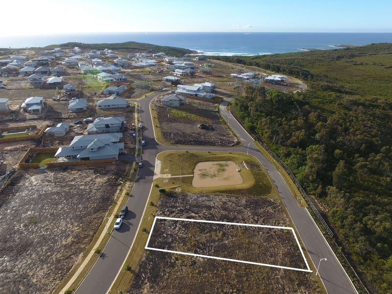 145 Surfside Drive, Catherine Hill Bay, NSW 2281