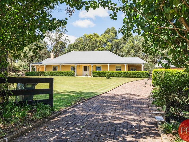 18 Sandstone Drive, Windella, NSW 2320