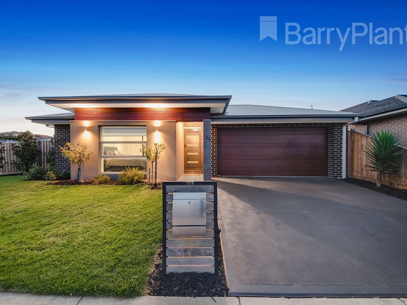 129 Twin Ranges Drive, Warragul, Vic 3820