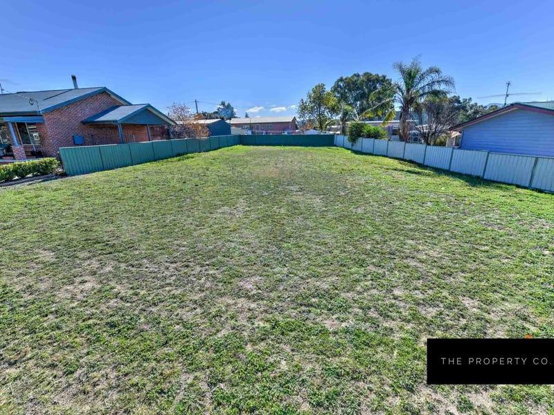15 Leonora Crescent, Kootingal, NSW 2352