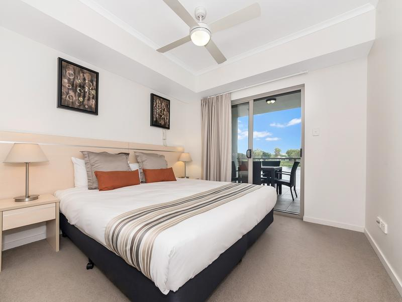 2/1B Sporting Drive, Thuringowa Central