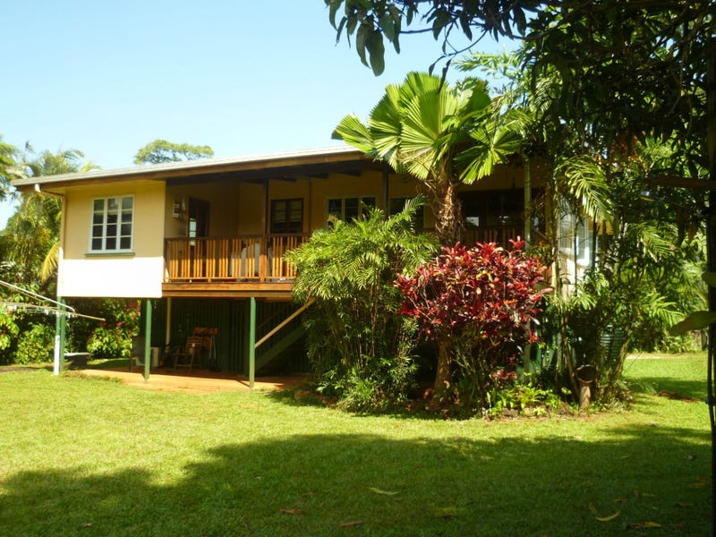382 PALMERSTON Highway, Stoters Hill, Qld 4860