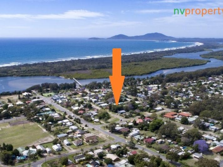 13 First Avenue, Stuarts Point, NSW 2441