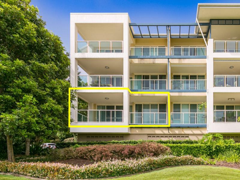 4161 'Archer Hill' Royal Pines Resort, Ross Street, Benowa, Qld 4217