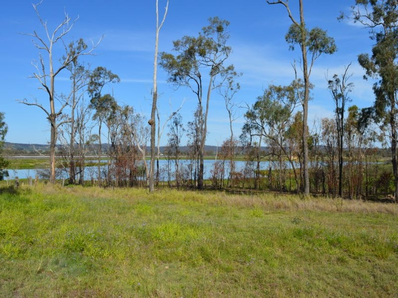 184 Lakes Dr, Laidley Heights, Qld 4341