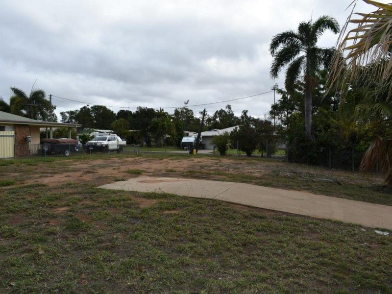 18 Flight Drive, Moranbah, Qld 4744