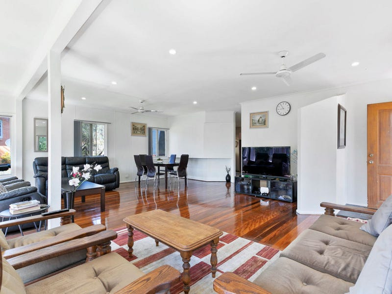 204 Maundrell Tce, Chermside West, Qld 4032