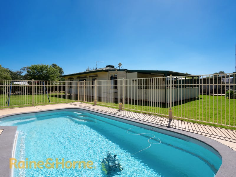 8 Condon Close, Ladysmith, NSW 2652