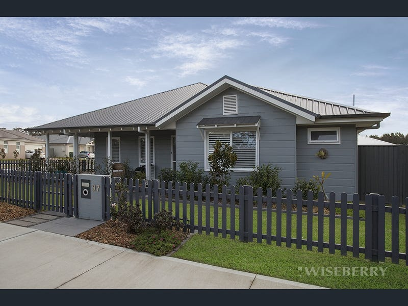 97 Louisiana Road, Hamlyn Terrace, NSW 2259