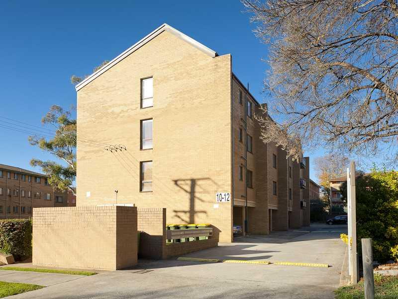 15/12 King Street, Queanbeyan, NSW 2620