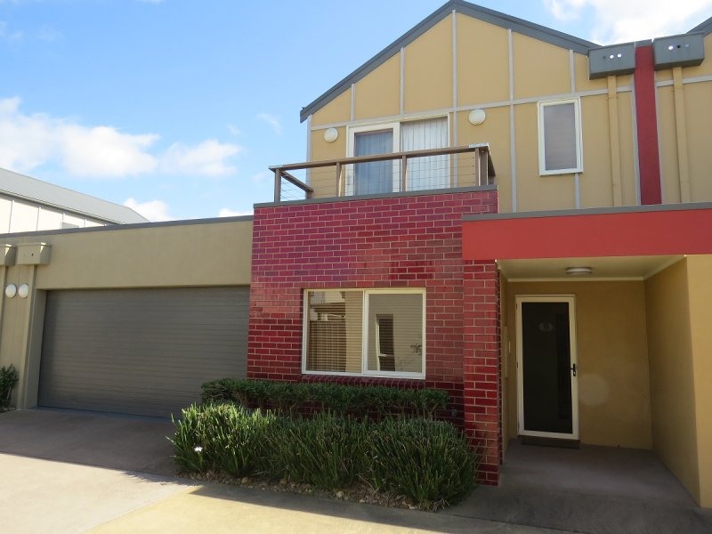 13/35 Church Street, Lakes Entrance, Vic 3909
